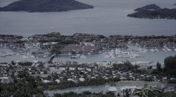Учреждение закрытого фонда на Сейшельских островах.