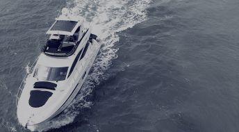 Регистрация яхты под флагом Каймановых Островов.